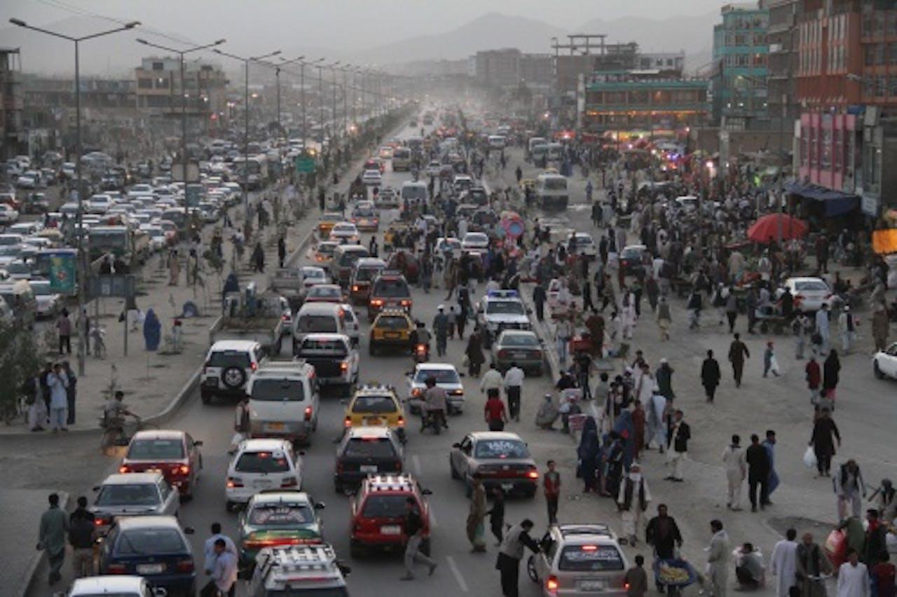 Verkeer in Kabul. EPA