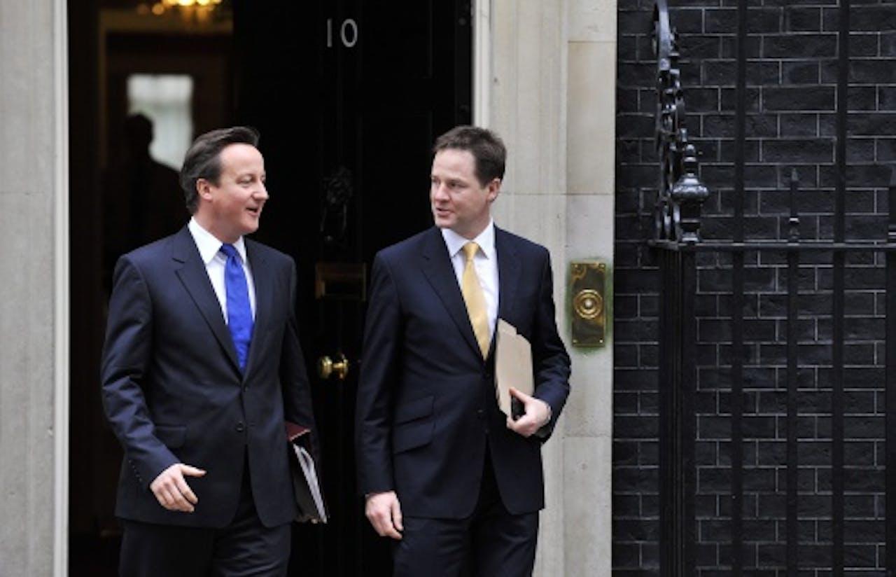 David Cameron (L) en Nick Clegg. EPA