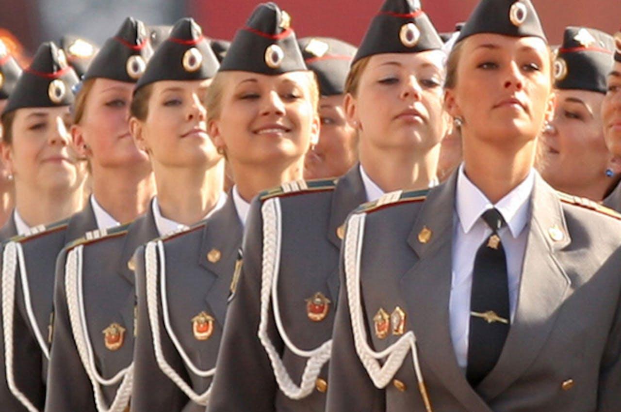 Vrouwelijke agenten in Rusland.