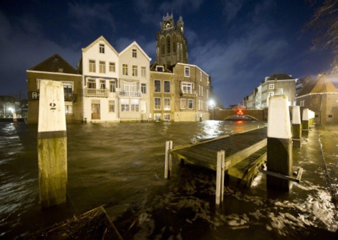 Hoog water in de historische binnenstad van Dordrecht. ANP