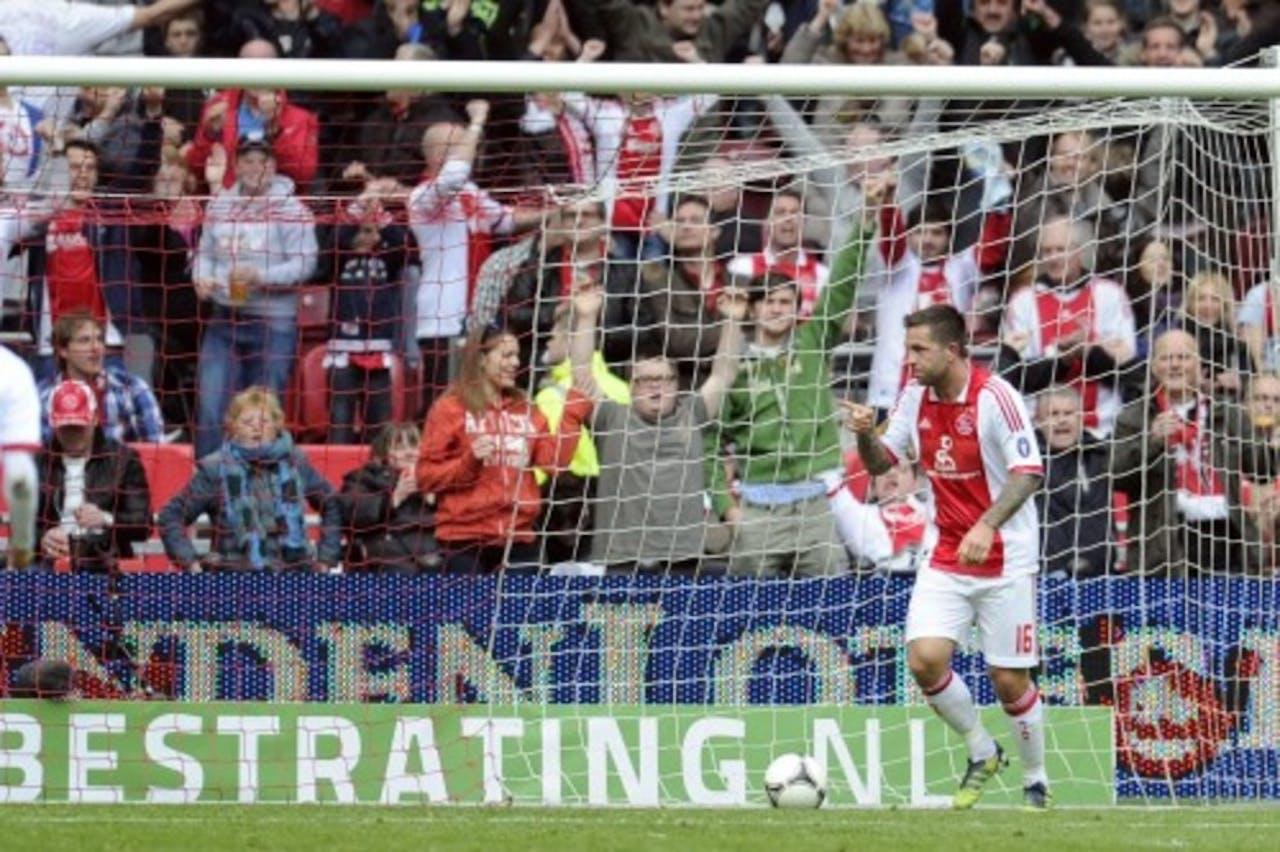 Ajax-speler Theo Janssen viert zijn 1-0 tegen Heracles. ANP PRO SHOTS