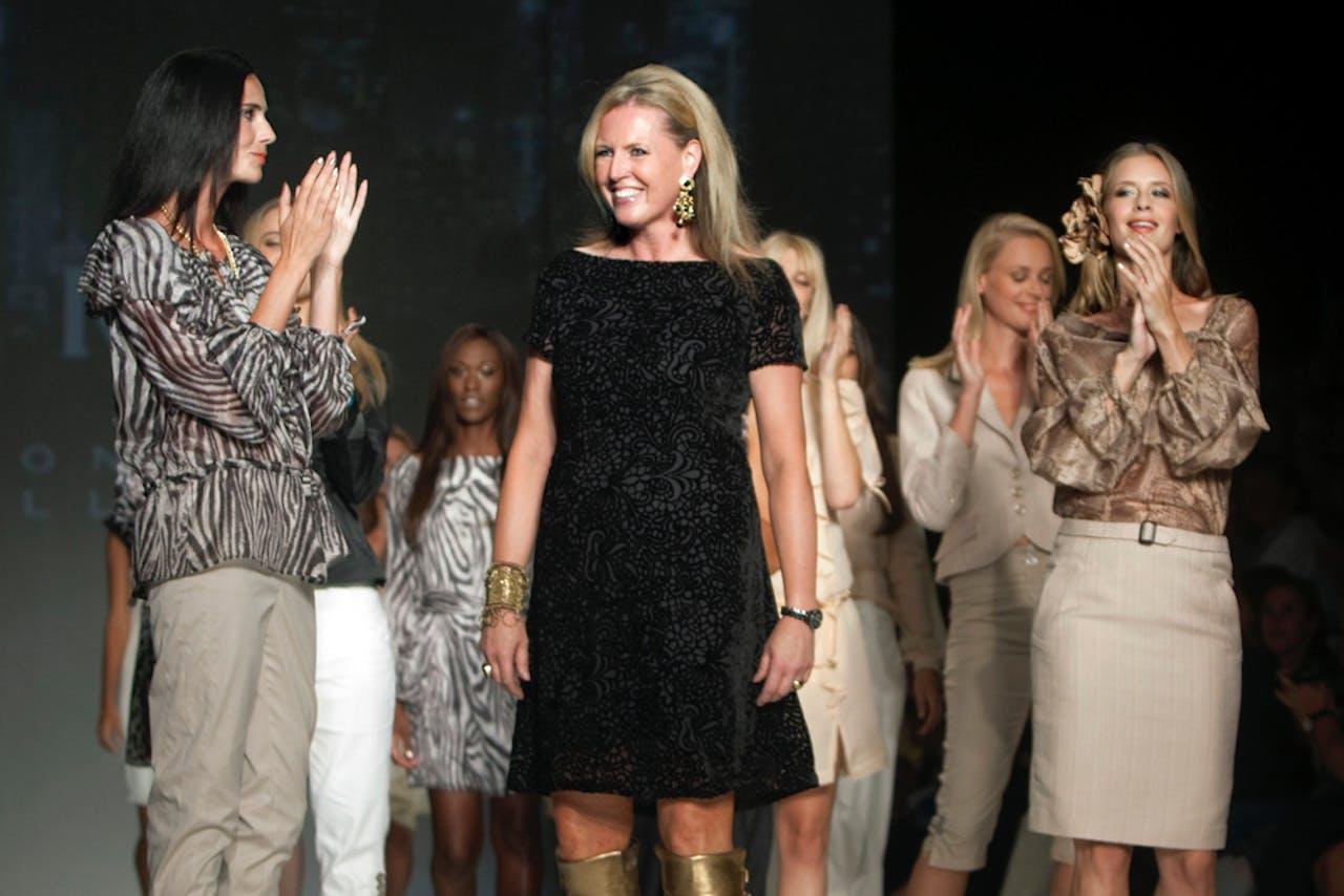 Ontwerpster Monique Collignon toont haar pret a porter collectie tijdens de dertiende editie van de Amsterdam International Fashion Week in 2010