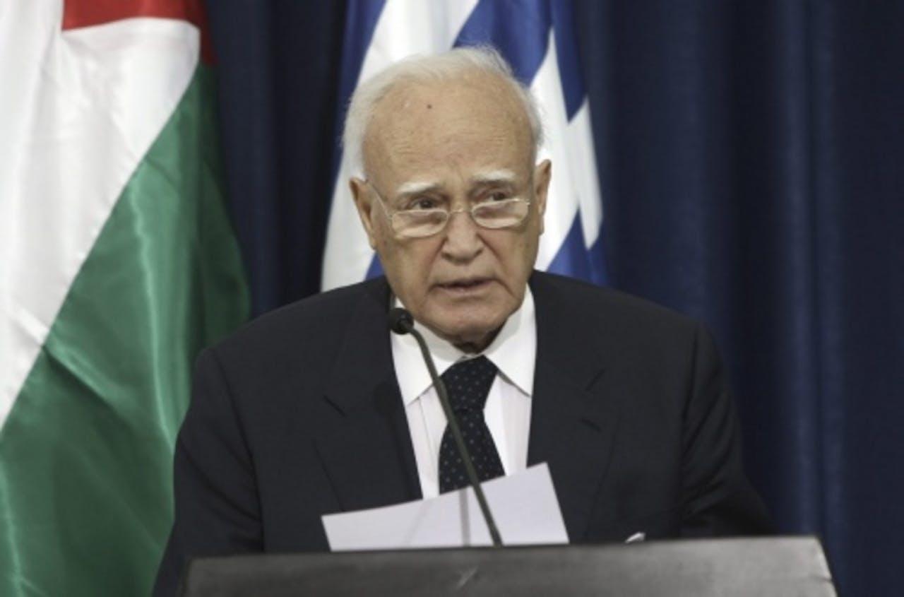 De Griekse president Carolos Papoulias. EPA