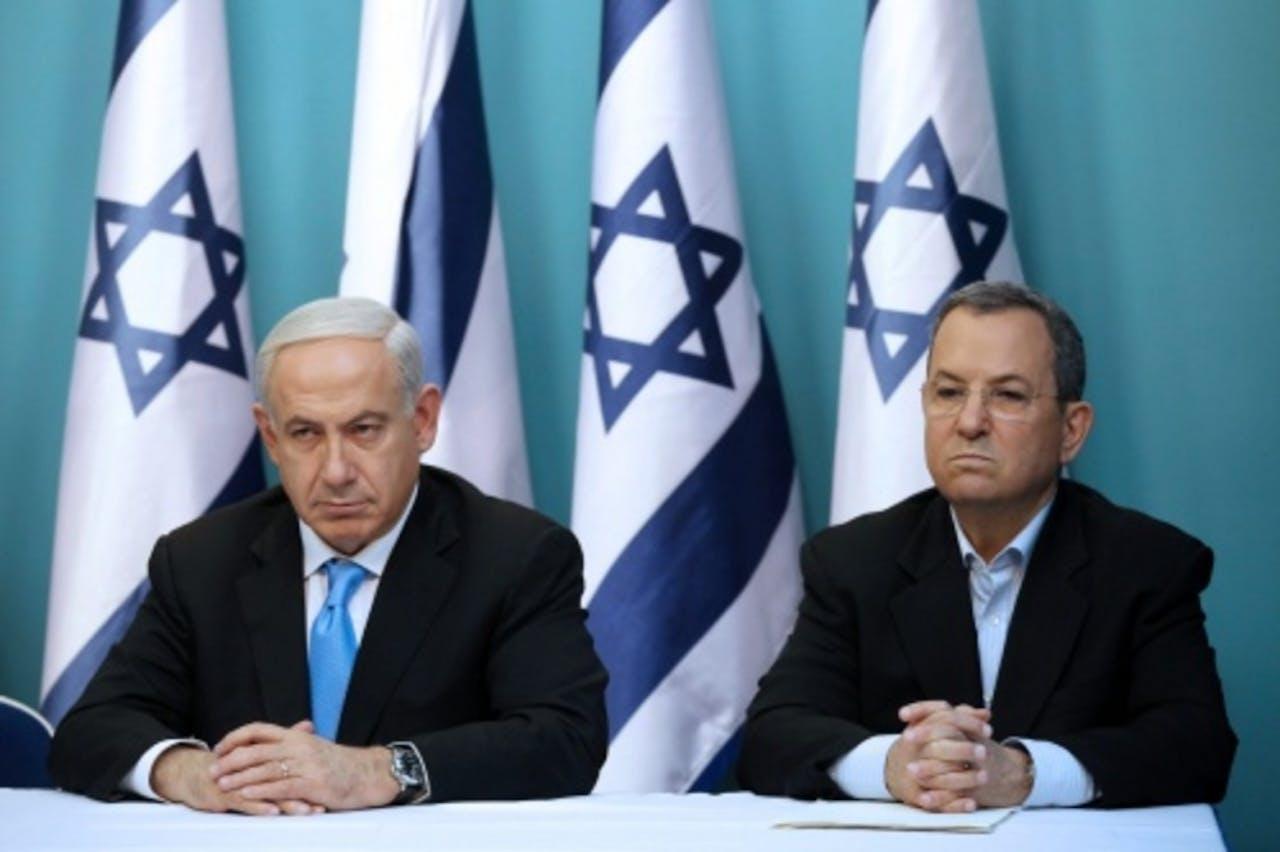 Ehud Barak (r). EPA