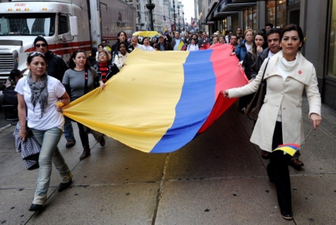Colombianen protesteren in december van vorig jaar tegen de FARC. EPA