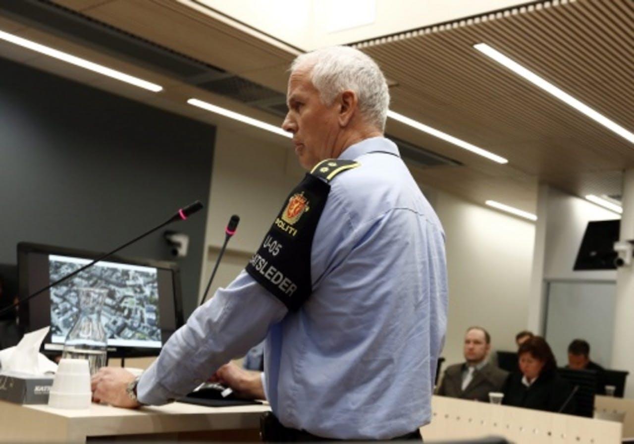 Politiechef Thor Langli tijdens het verhoor. EPA