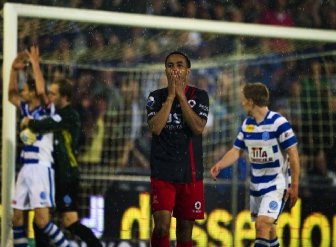 Roland Alberg (M) van Excelsior mist een grote kans in de wedstrijd tegen De Graafschap. ANP