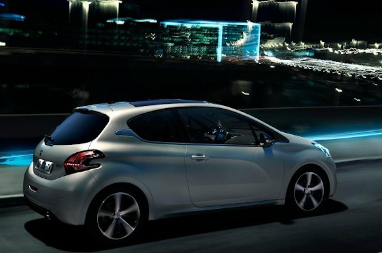 BNR Nationale Autoshow | Peugeot & Huet Brothers