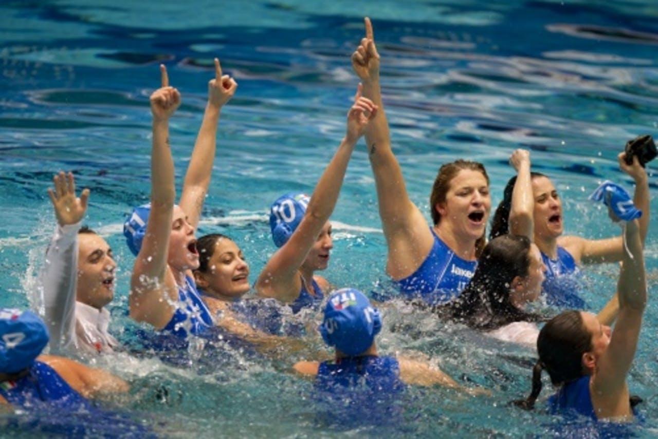 De Italiaanse vrouwen vieren de overwinning. ANP
