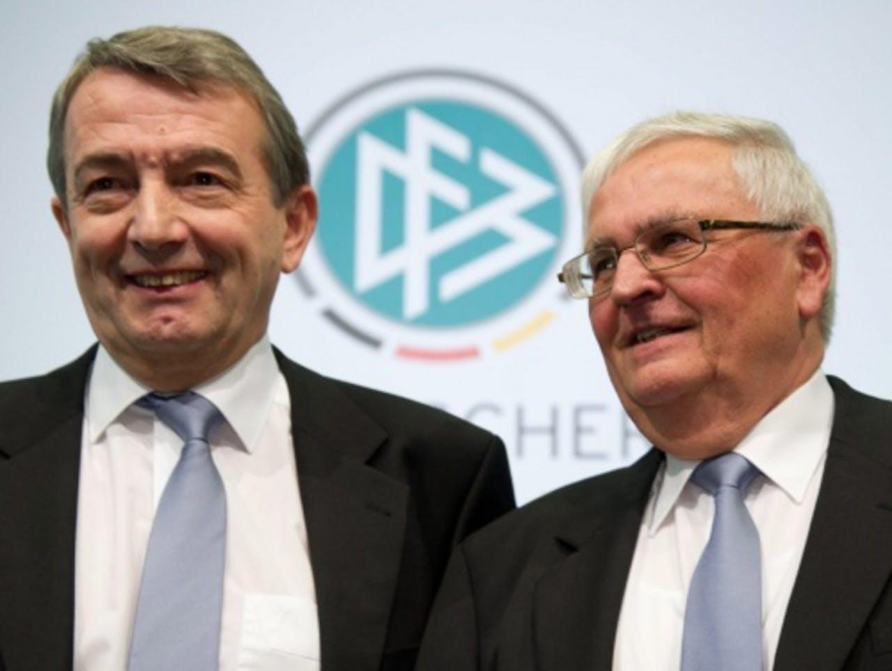 Wolfgang Niersbach (L) en Theo Zwanziger (R). EPA