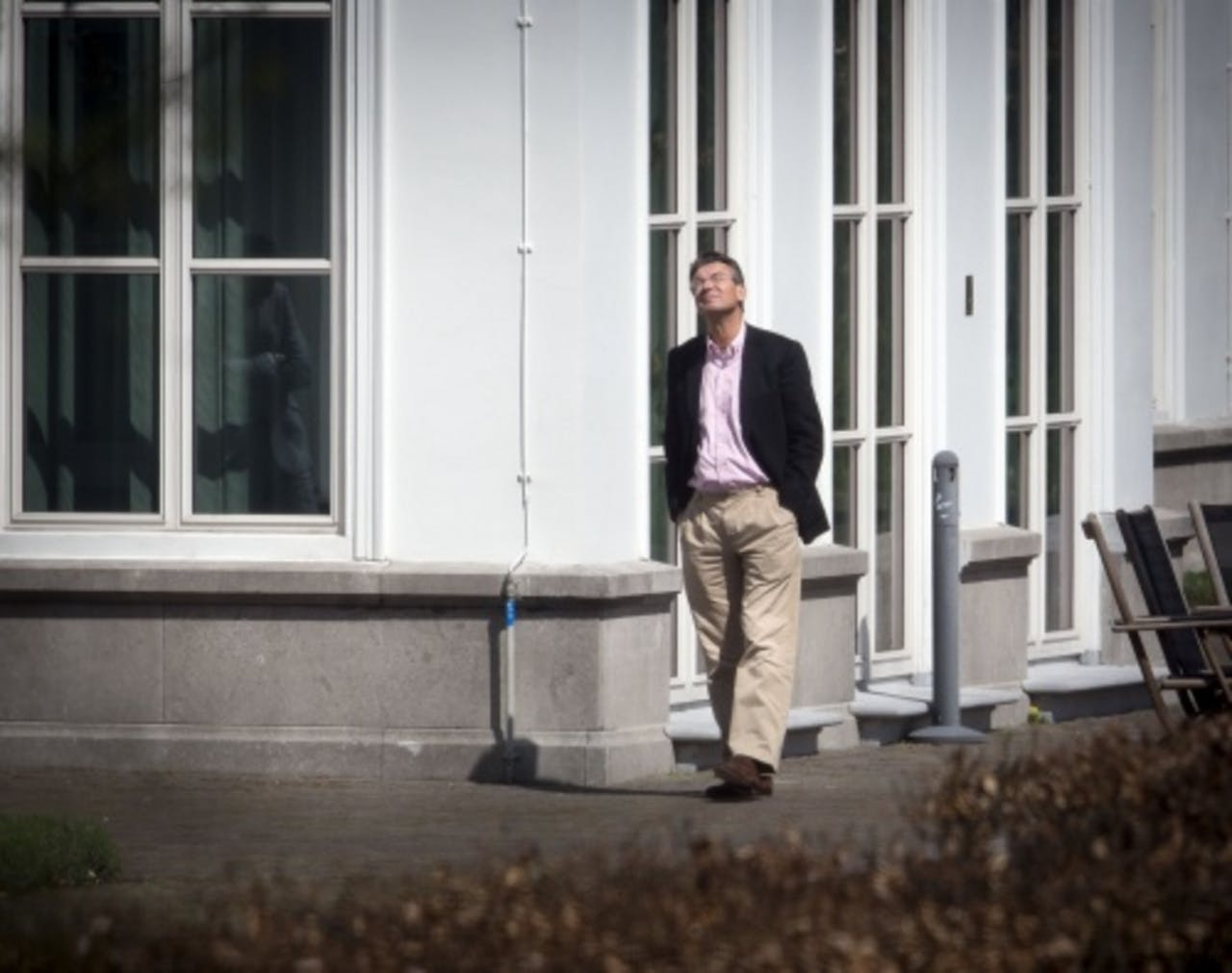 Vicepremier Maxime Verhagen in de tuin van het Catshuis. ANP
