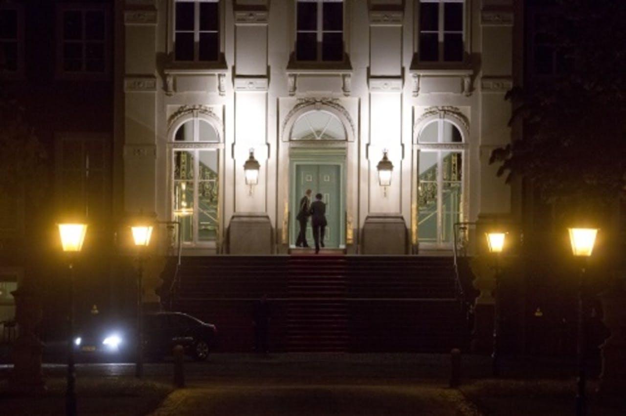 Premier Mark Rutte komt aan op paleis Huis ten Bosch. ANP