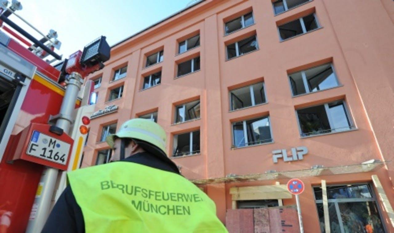 Archieffoto van schade na de ontploffing van eenzelfde bom in München, drie weken geleden. EPA