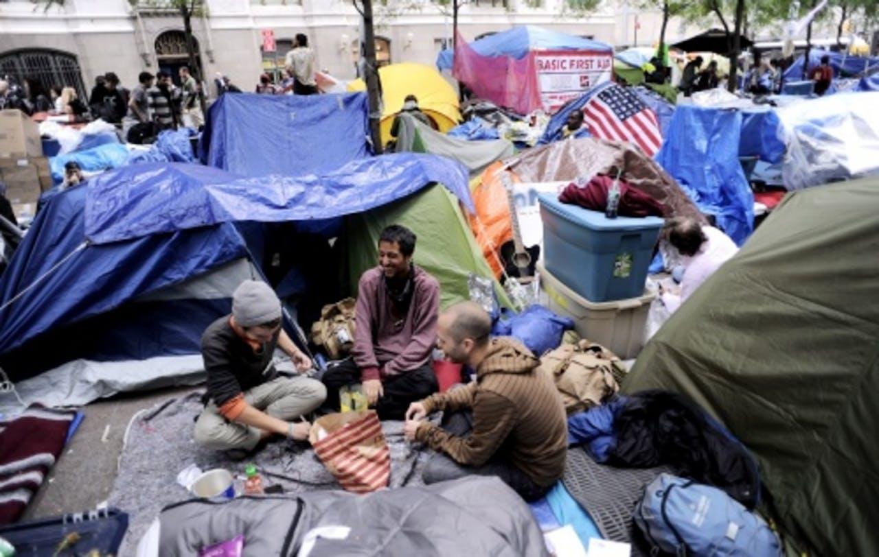 Het tentenkamp in Zuccoti Park vlak voor de ontruiming in november. (EPA)