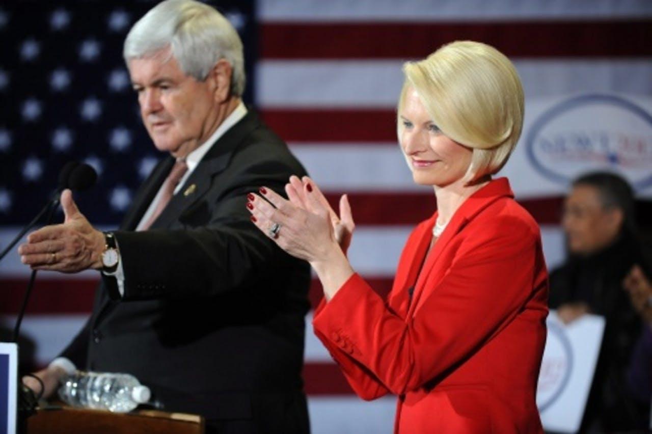 Newt Gingrich (L) en zijn vrouw. EPA