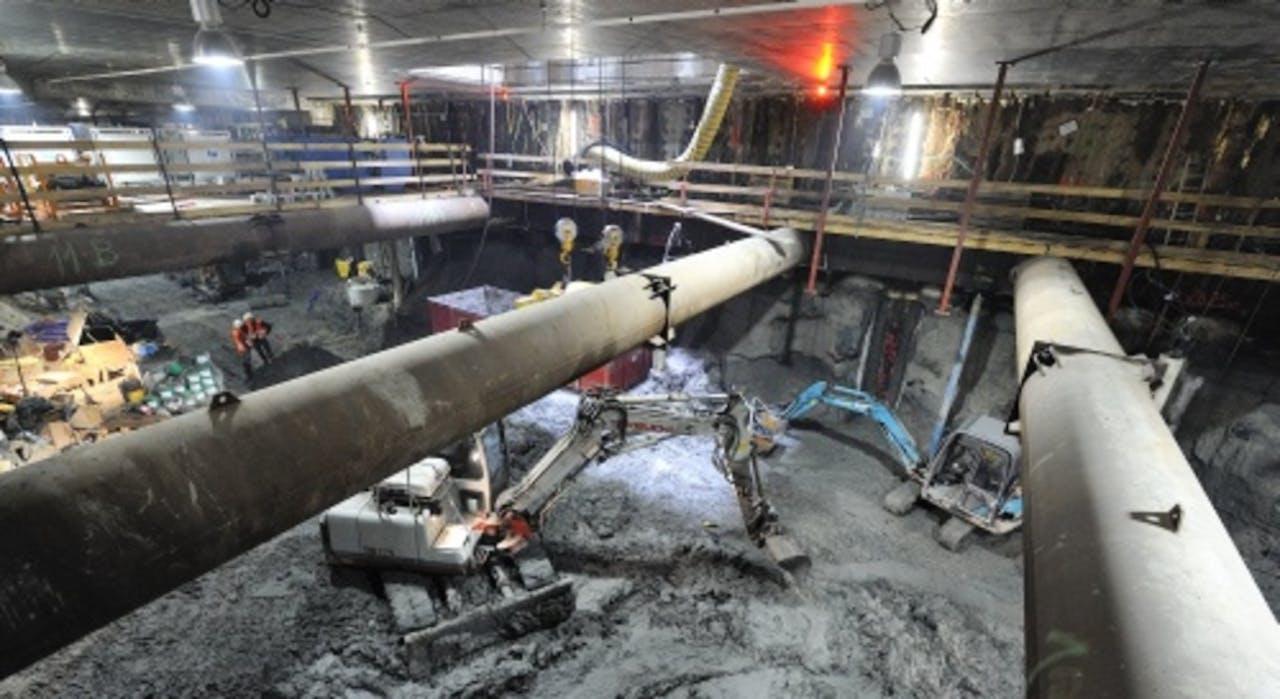 Werkzaamheden onder de Vijzelgracht (archieffoto, mei 2011).
