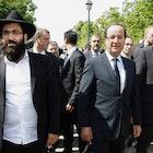 HollandeParijs4.png