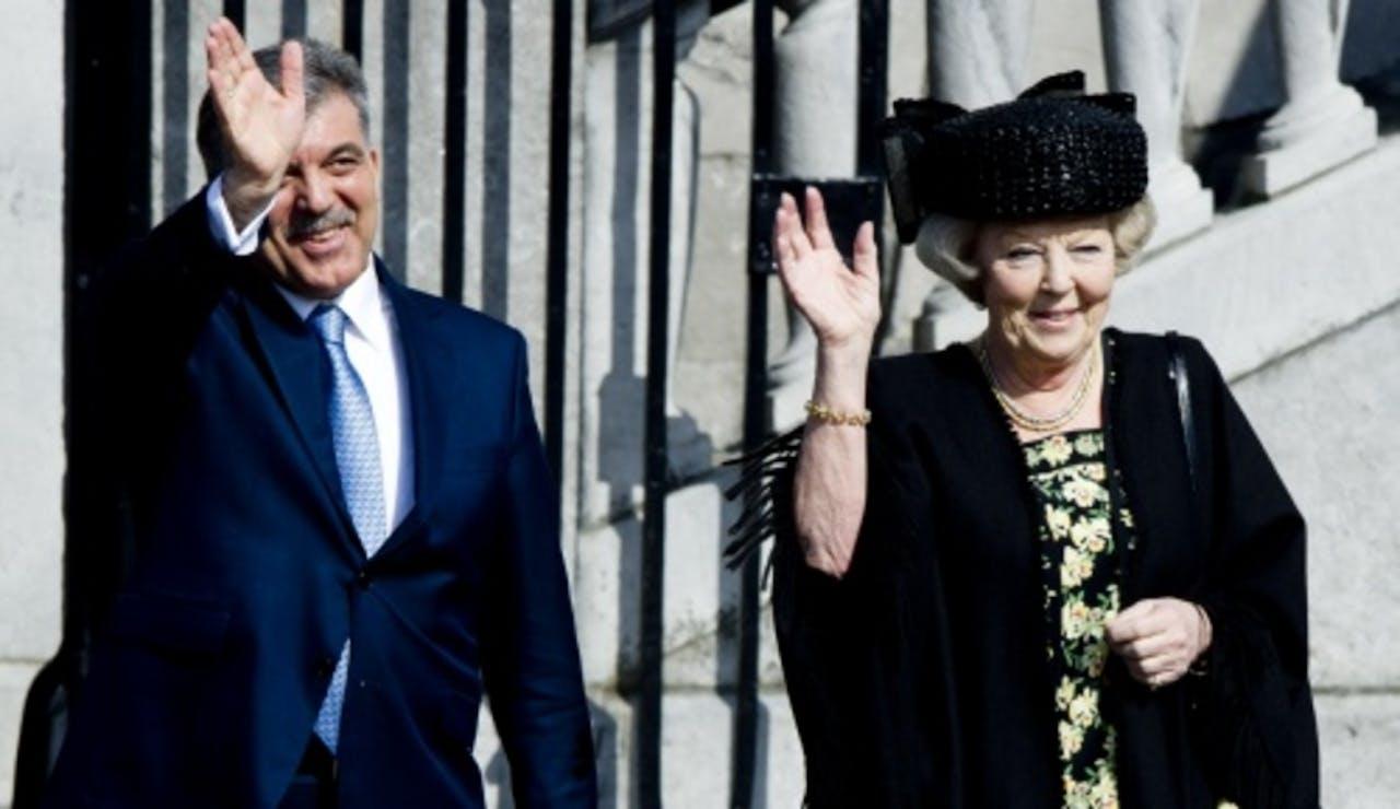 Koningin Beatrix en de Turkse president Abdullah Gül eerder dit jaar in Maastricht. ANP