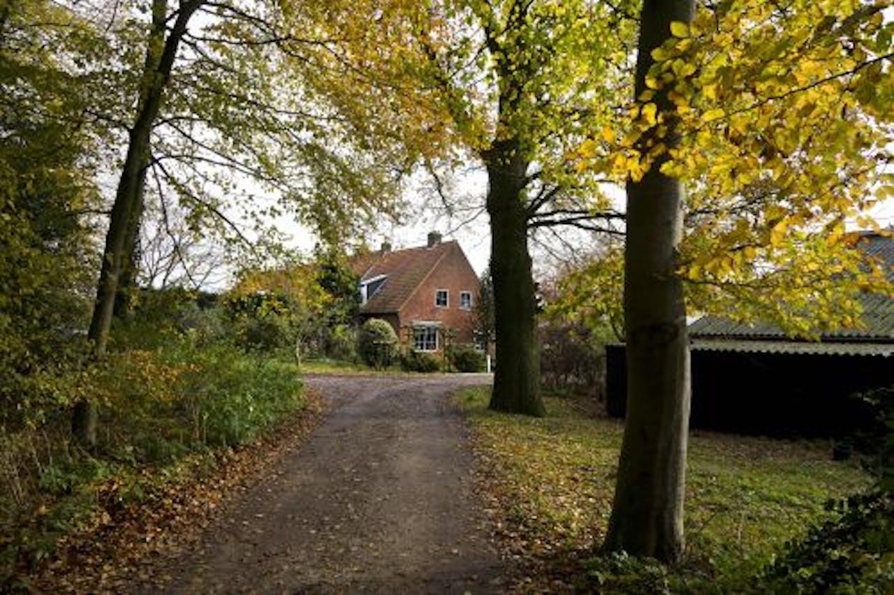 Een van de twee naoorlogse boerderijen op De Horsten die misschien gesloopt wordt. ANP