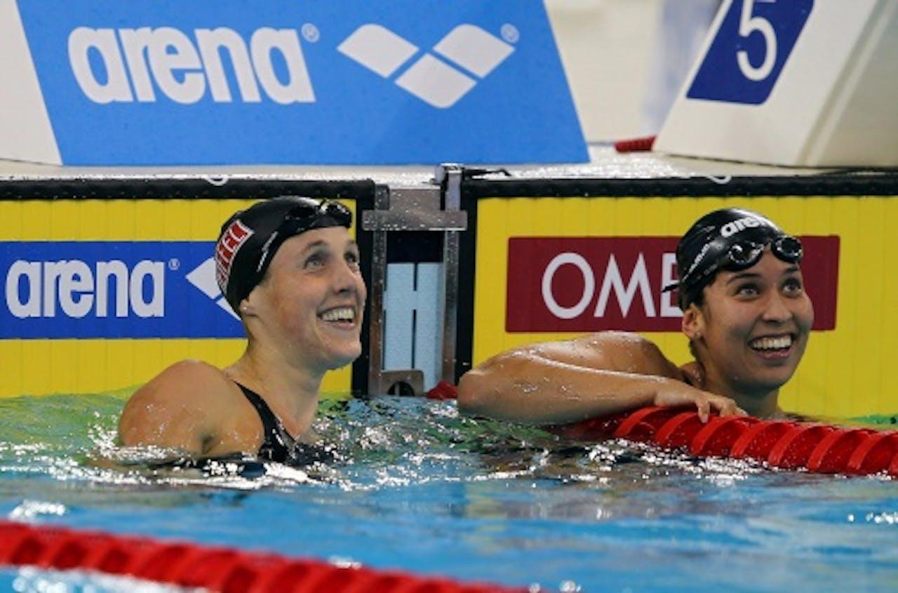 Ranomi Kromowidjojo (R) en Marleen Veldhuis. EPA