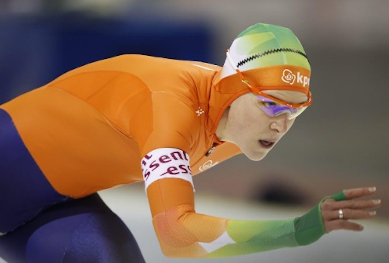 Ireen Wüst, hier te zien tijdens een wereldbekerwedstrijd in Kearns op 18 februari 2011. EPA
