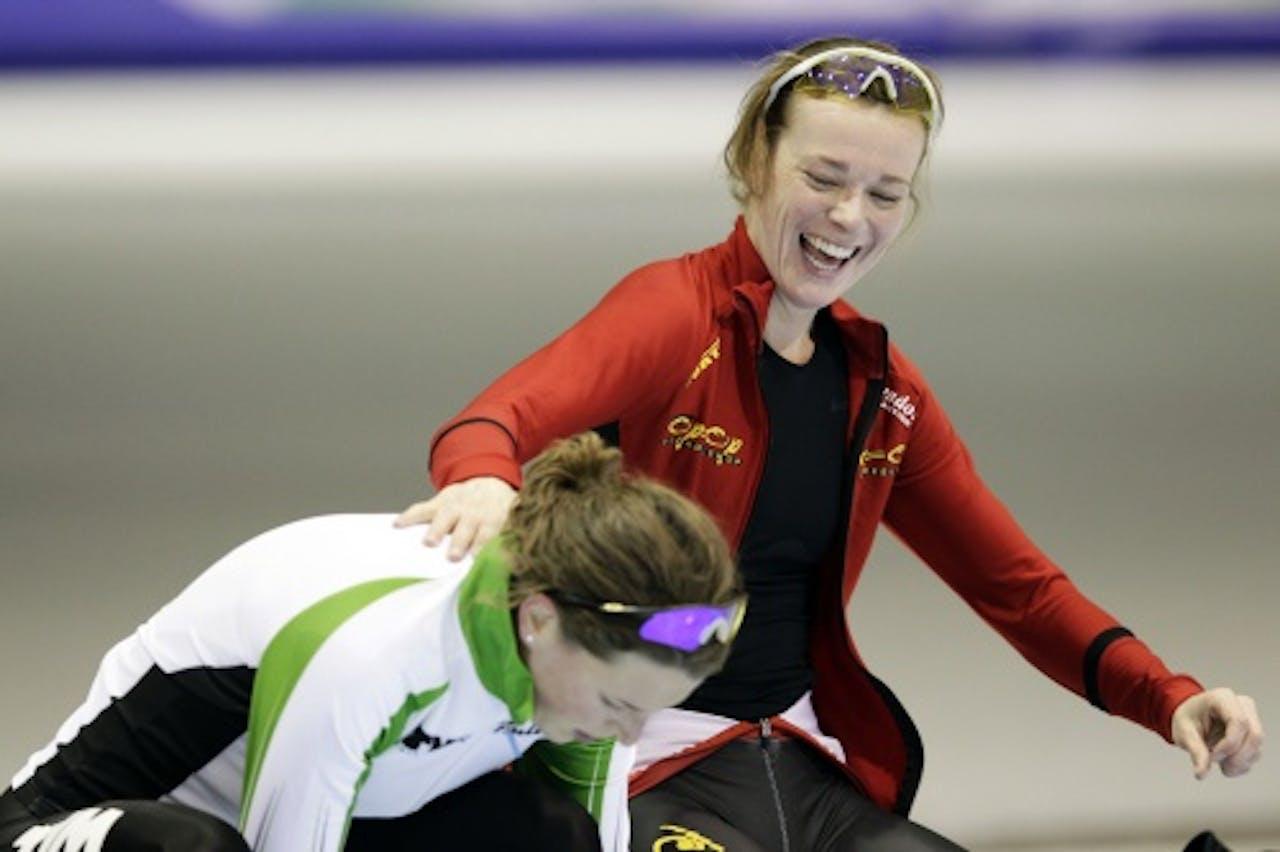 Marije Joling (R) met Ireen Wüst. ANP