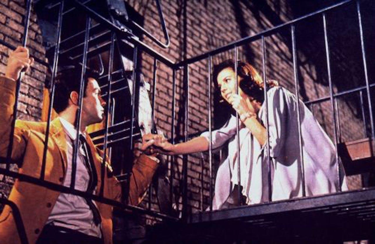 Richard Beymer en Natalie Wood in de filmversie van West Side Story. ANP Kippa