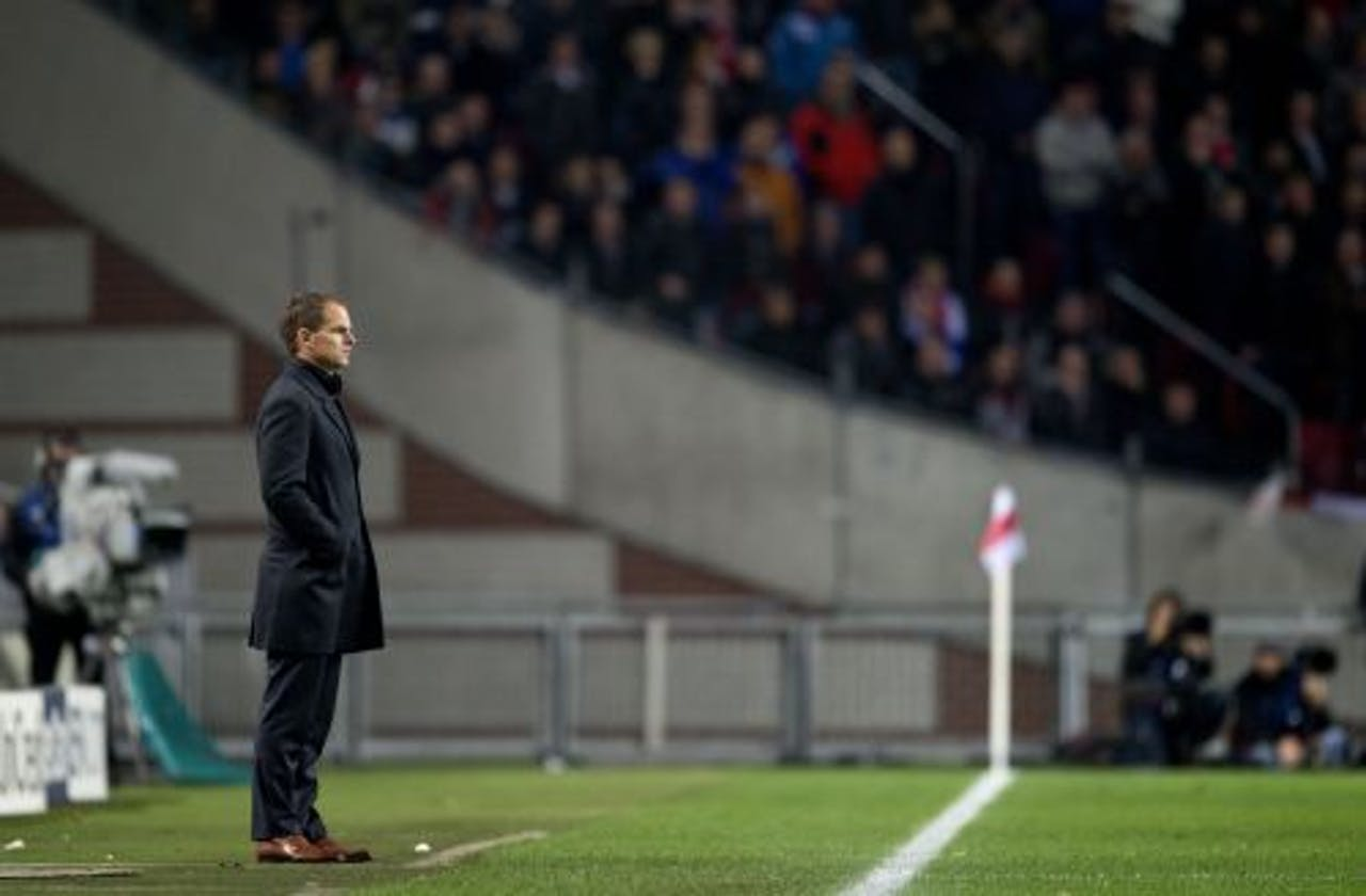 Frank de Boer realiseert zich dat Ajax uit de Champions League ligt. ANP