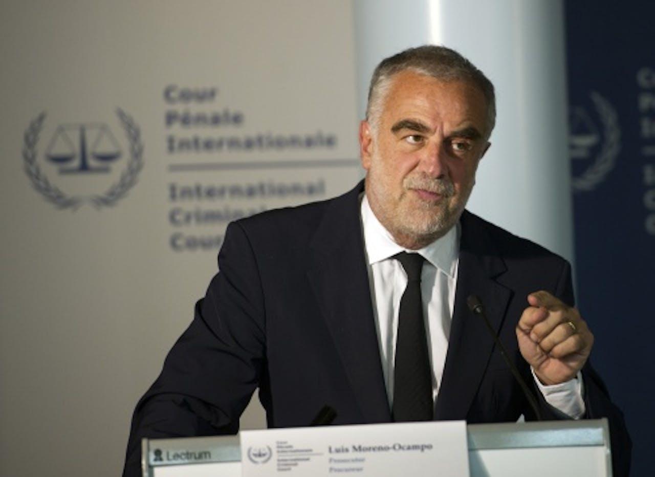 Hoofdaanklager Luis Moreno-Ocampo van het Internationaal Strafhof in Den Haag vaardigde een arrestatiebevel uit tegen Abdullah al-Senussi. ANP