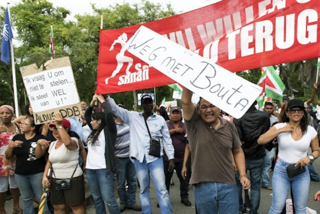 In april werd ook geprotesteerd, toen voor het vertrek van de Surinaamse regering. ANP