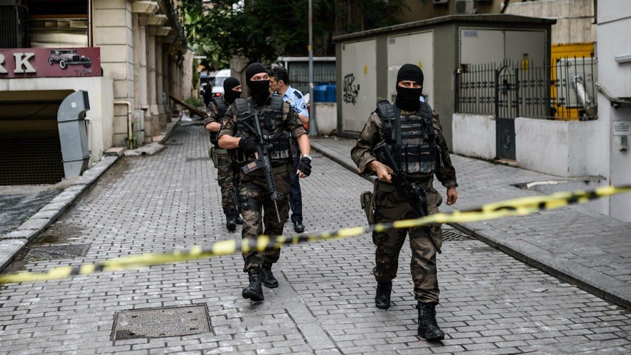 Turkse 'Special Forces' zetten getroffen gebied af. Foto: ANP