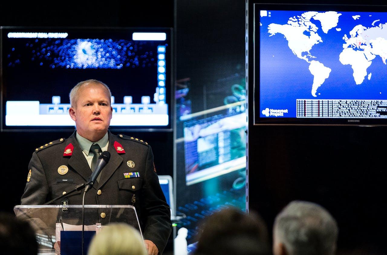 Brigadegeneraal Hans Folmer, commandant van het Defensie Cyber Commando