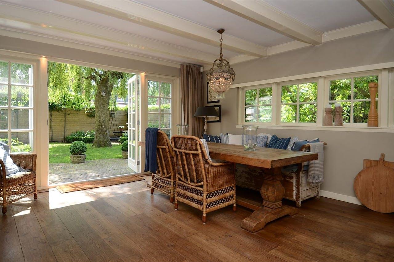 Huis te koop: Mooie villa, net niet in het Gooi.