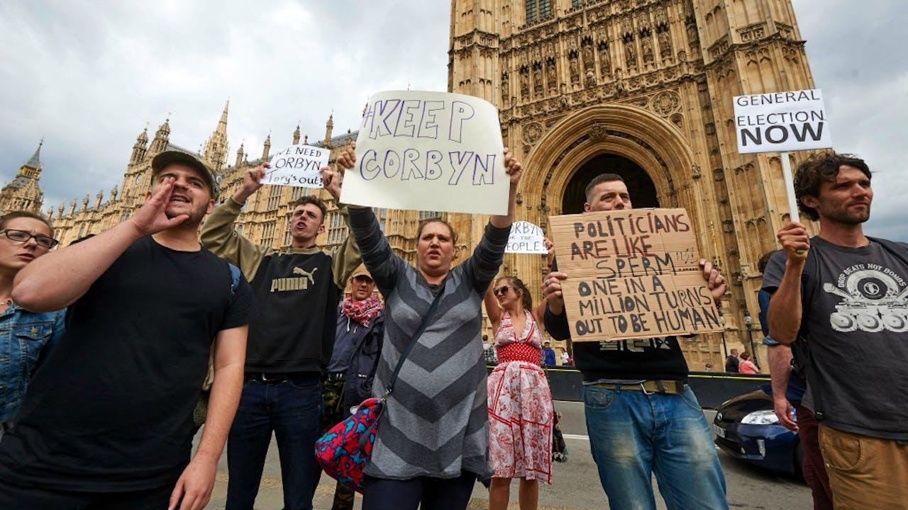 Demonstranten protesteren in Londen na de brexit. Foto ANP
