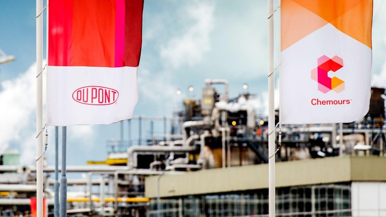 Exterieur van Chemieconcern DuPont, nu bekend onder de naam Chemours in Dordrecht. Foto: ANP