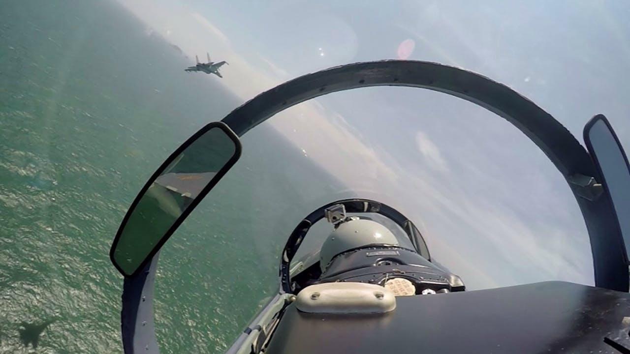 Chinese gevechtsvliegtuigen boven de Zuid-Chinese Zee. Foto: HH/Fan Yishu