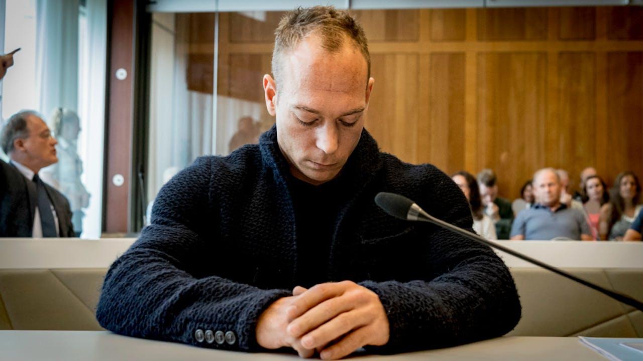 Yuri van Gelder in de rechtszaal.