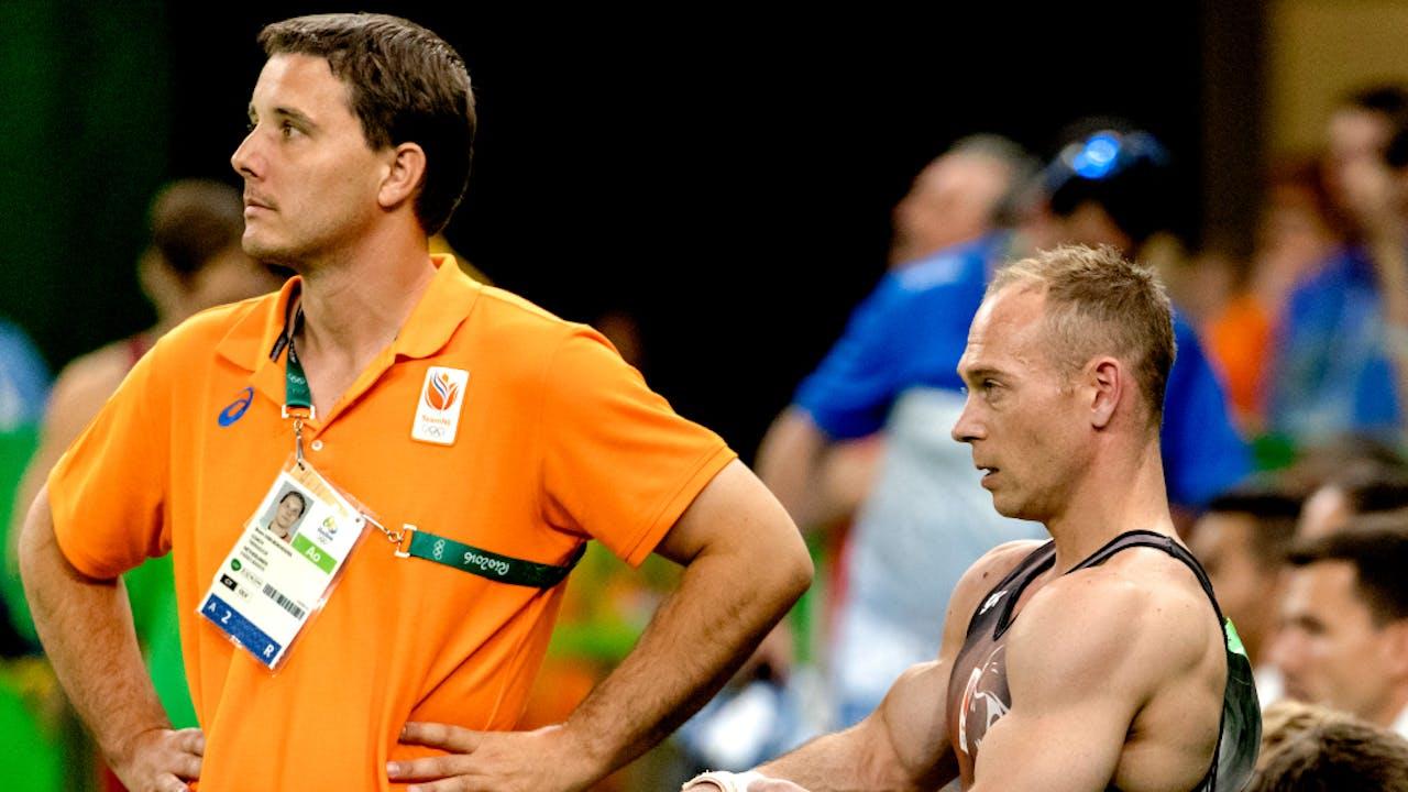 Yuri van Gelder met zijn coach Bram van Bokhoven.