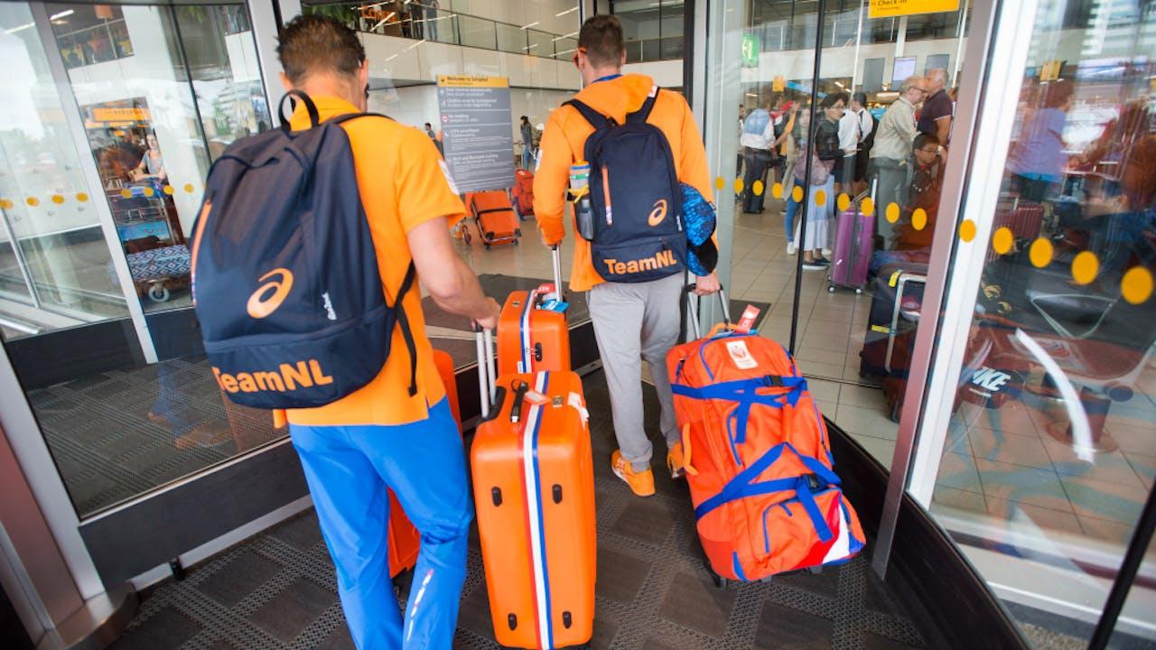 Een deel van de sporters gaat vandaag via dezelfde draaideur weer naar huis. Foto ANP