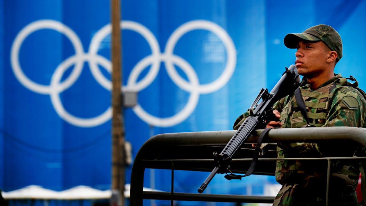 Militairen beveiligen de Olympische Spelen in Rio. Foto ANP