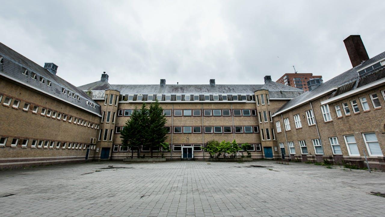 Het door Stichting WAQF aangekochte schoolgebouw. Foto ANP