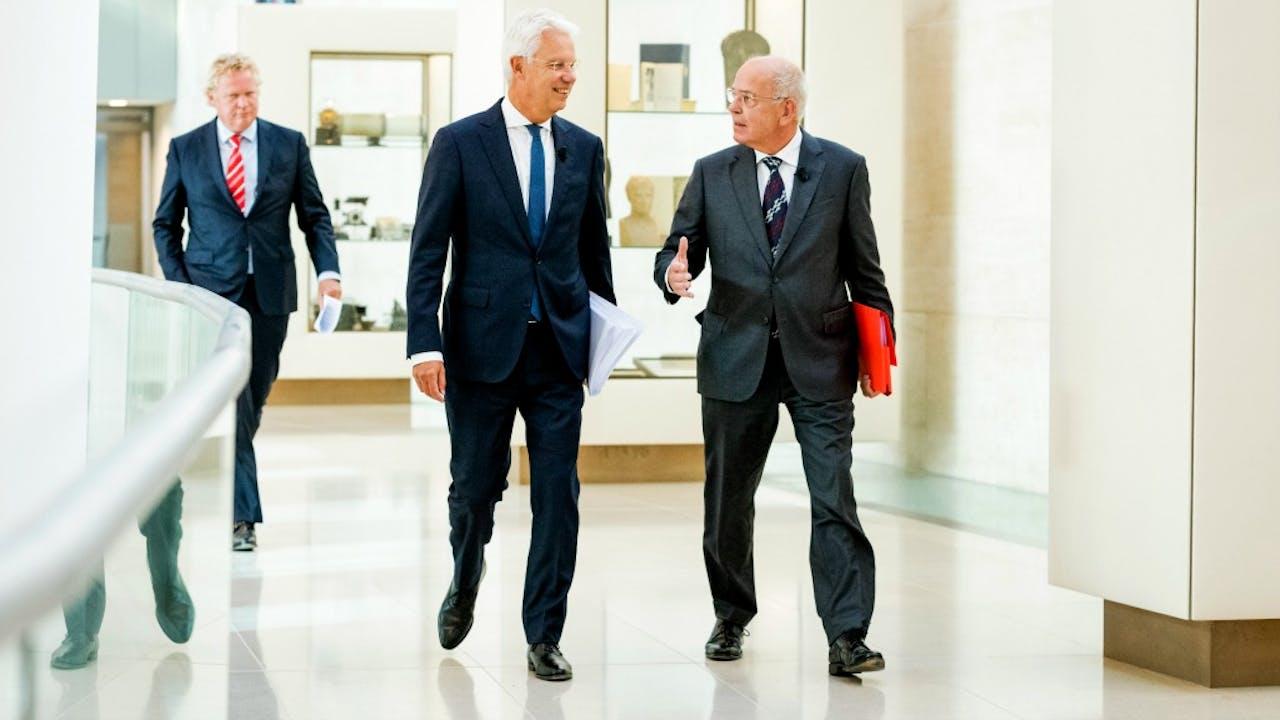 Nieuwe topman van ABN AMRO Kees van Dijkhuizen (links) met Gerrit Zalm. Foto ANP