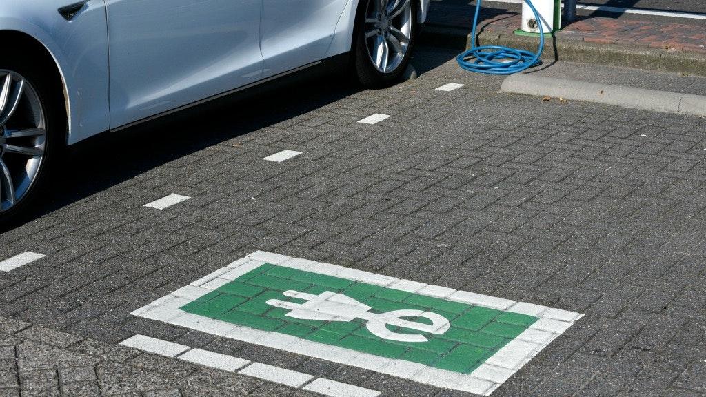 Elektrische Auto Opladen In Duitsland Wordt Eenvoudiger Bnr