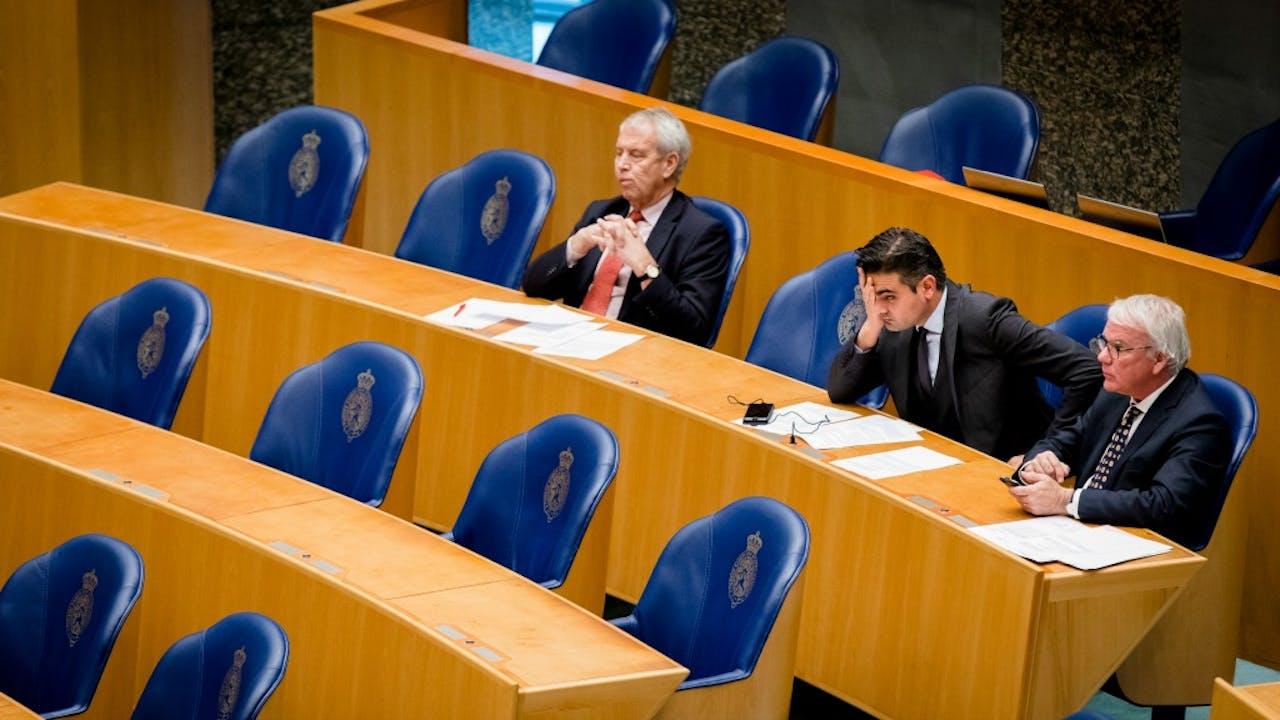 V.l.n.r.: Johan Houwers (voorheen VVD), Tunahan Kuzu (voorheen PvdA) en Norbert Klein (voorheen 50PLUS). Foto: ANP