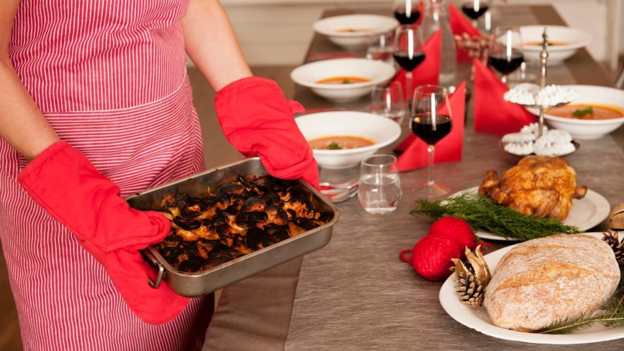 Stress tijdens de kerst komt het eten niet altijd ten goede. Foto: ANP.