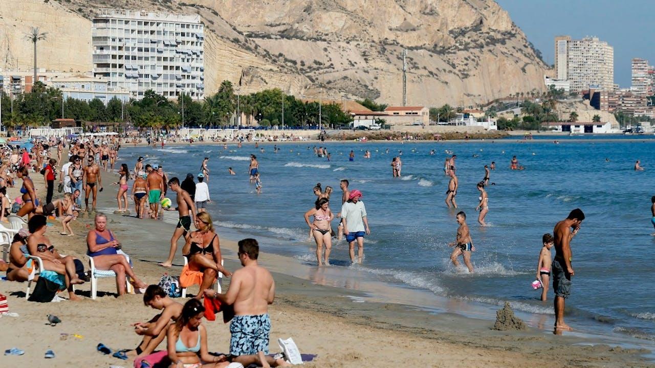 Valencia is een van de populaire bestemmingen. Foto: ANP.