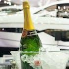 champagneboot.jpg