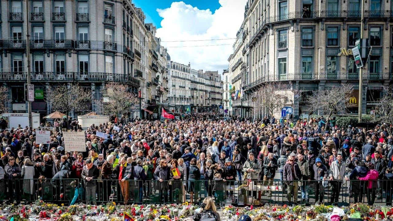 Mars tegen terreur en haat in Brussel na de aanslagen van vorig jaar. Foto: ANP