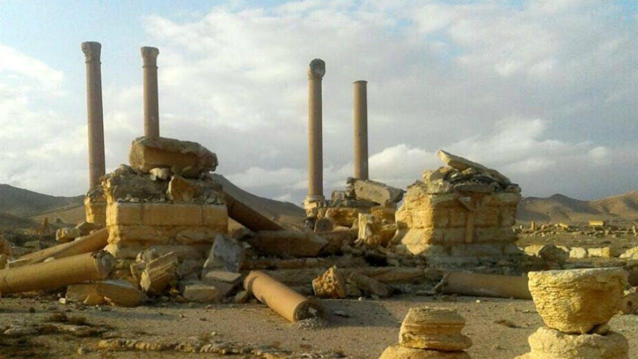 Slechts 4 van de 16 pilaren van het Tetrapylon staan nog overeind. Foto: EPA