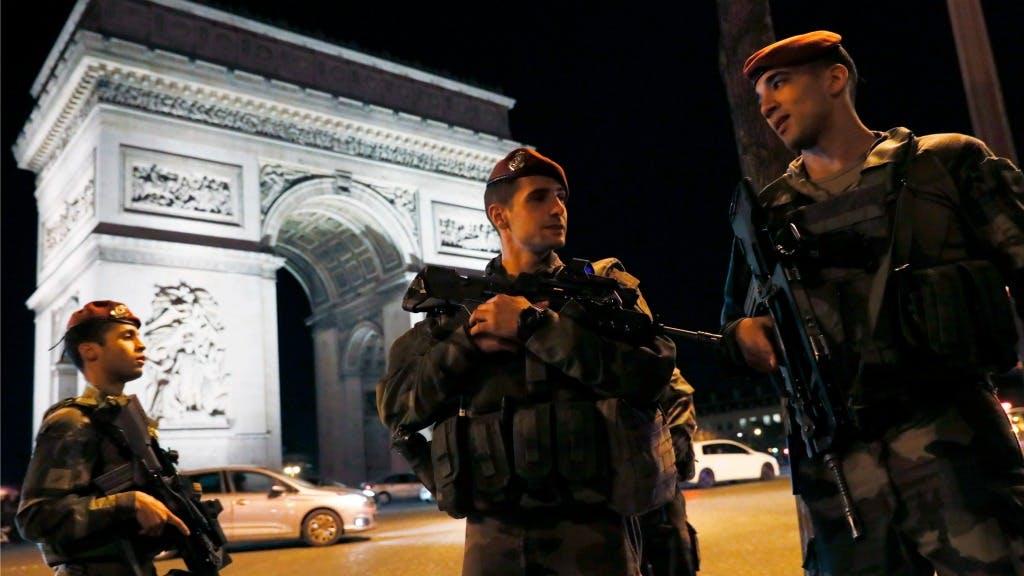 Campagnes franse verkiezingen opgeschort na aanslag bnr nieuwsradio - Wc opgeschort ...